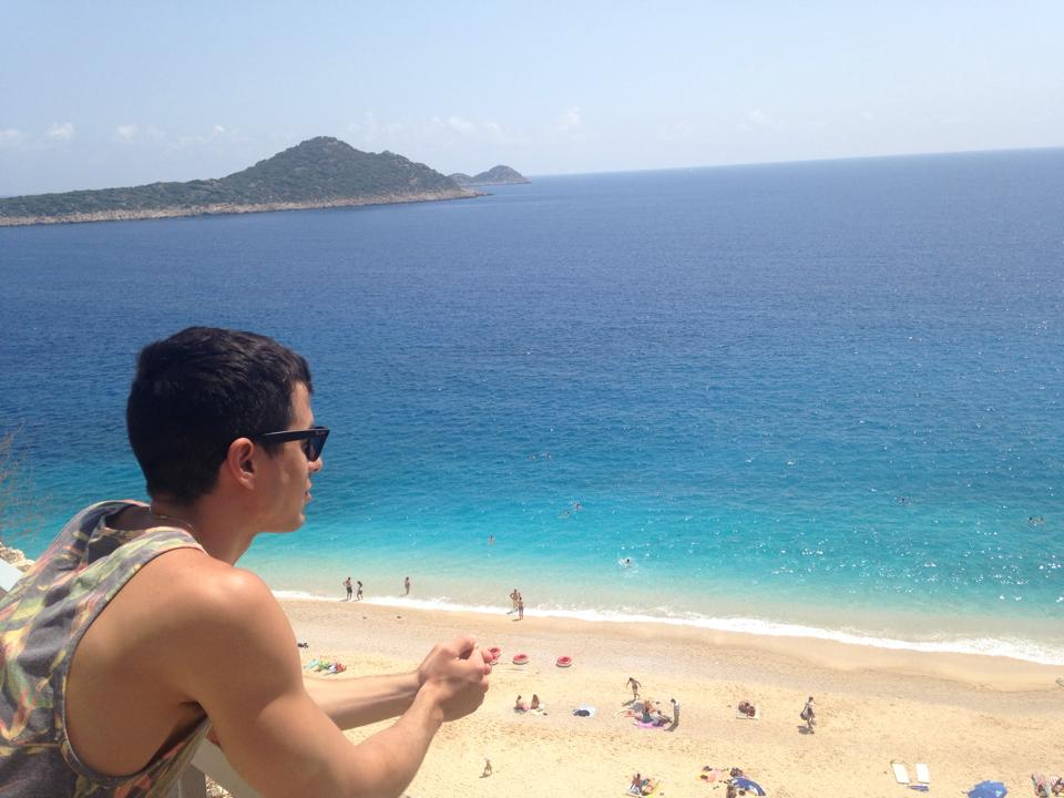 Reasons to travel solo, panoramic view of a beach in Turkey